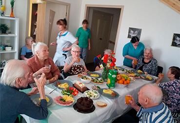 Что необходимо для устройства в иркутский дом престарелых хайыраканский дом интернат для инвалидов и престарелых